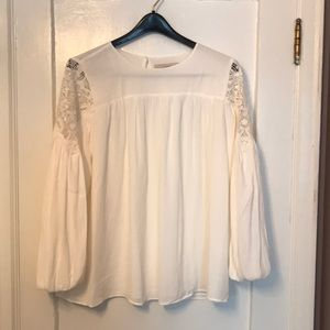 NWT cute Loft lace shoulder blouson sleeve blouse